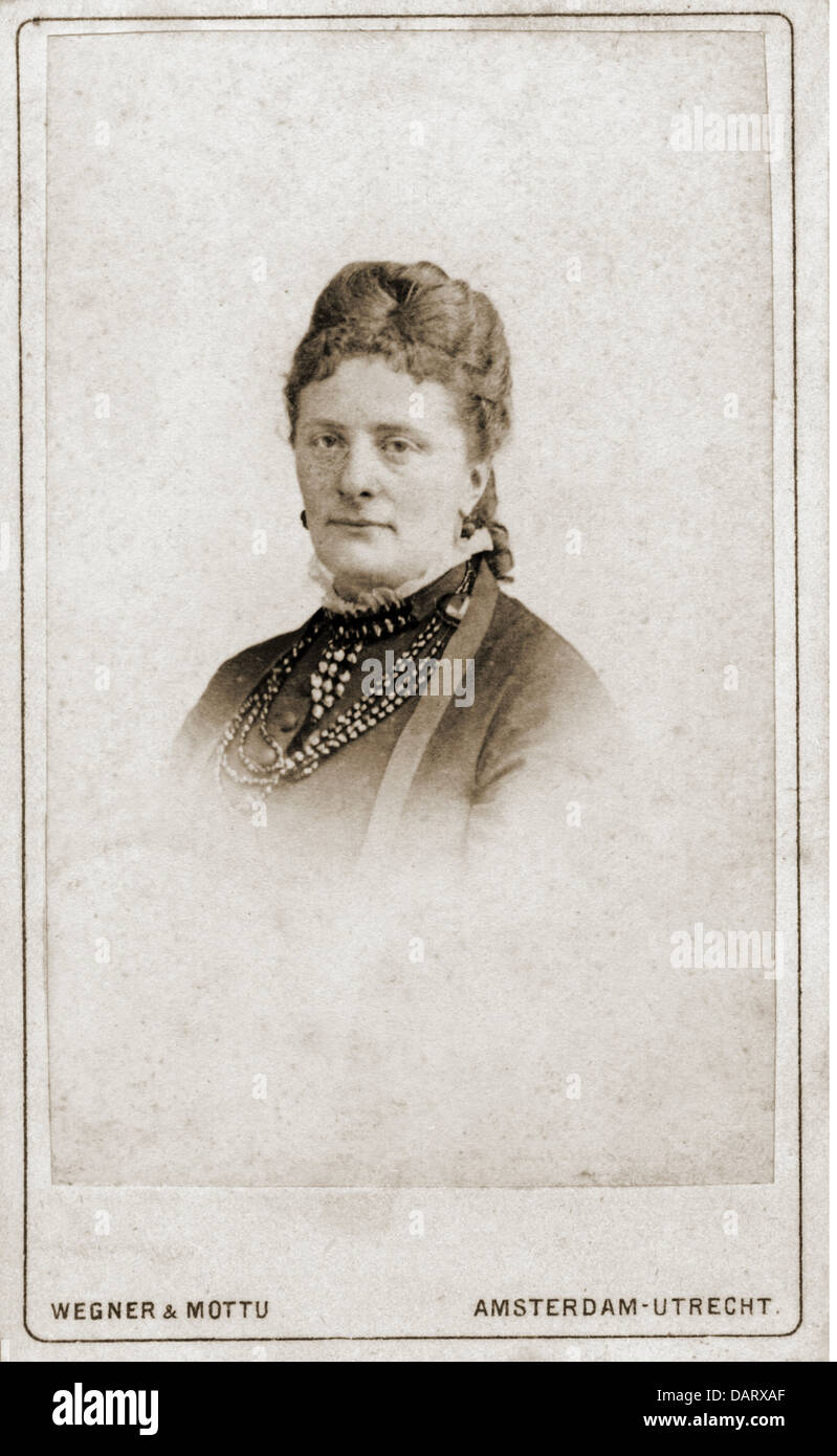 People Historic Women Woman Portrait Photograph By Wegner Mottu Carte De Visite Amsterdam Utrecht Netherlands 19th Century
