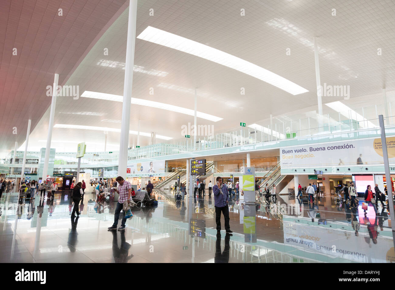 shopping area in departure hall of Barcelona Airport - Stock Image