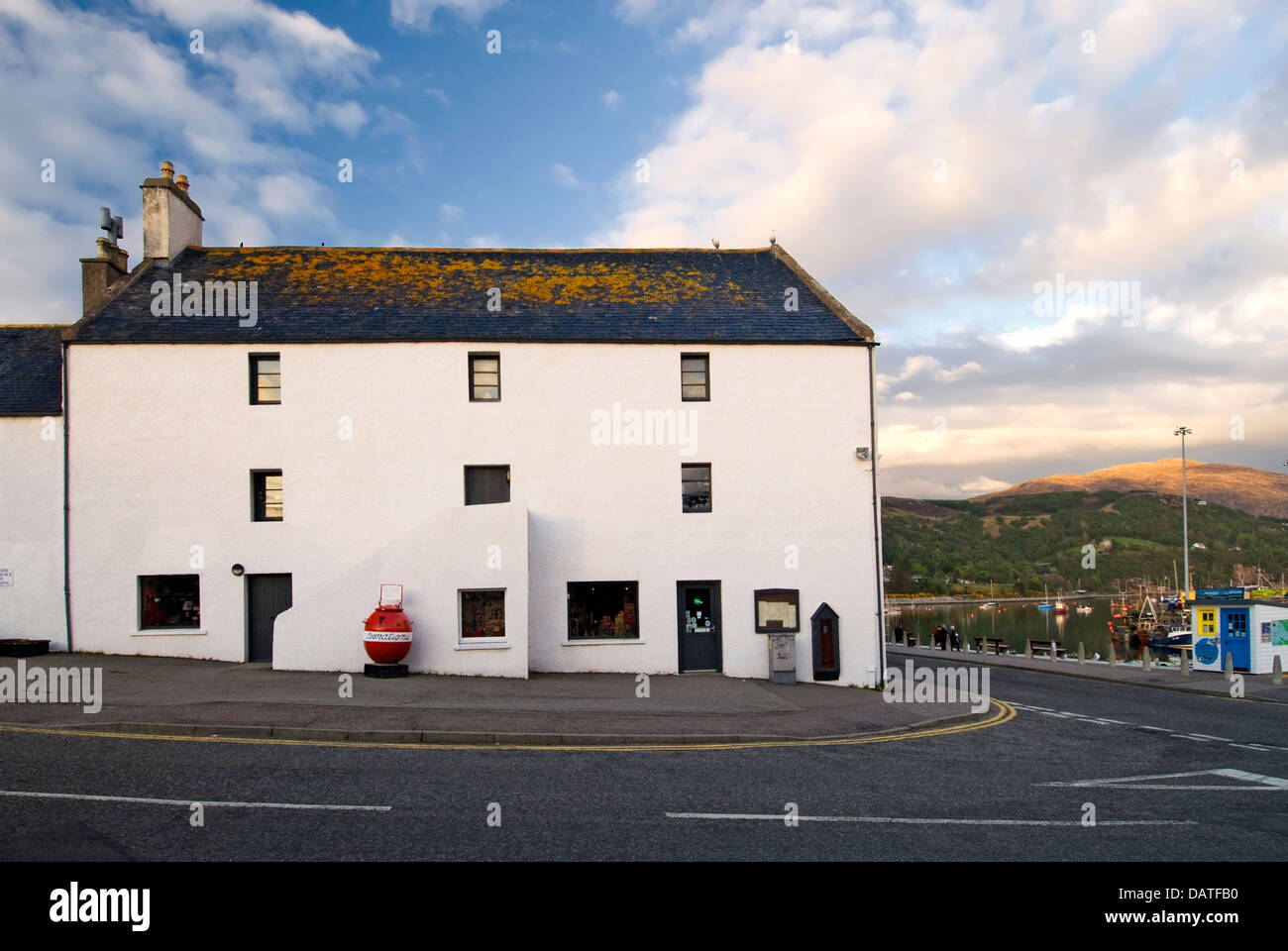Street view in small town of Ullapool. Highlands, Scotland - Stock Image