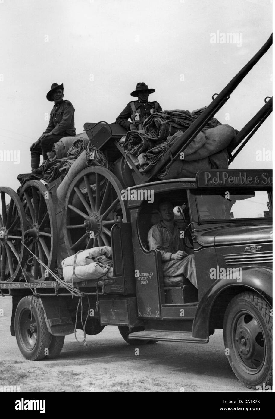 military, Australia, equipment and militiamen on a civilian lorry, circa 1940, Additional-Rights-Clearences-NA - Stock Image