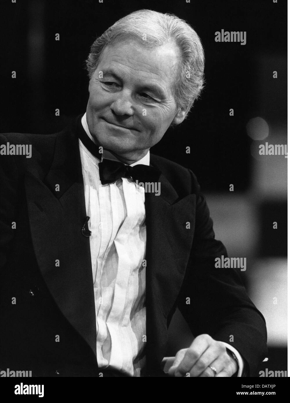 Valerien, Harry, 4.11.1923 - 12.10.2012, German television presenter, half length for the telecast 'Live', - Stock Image