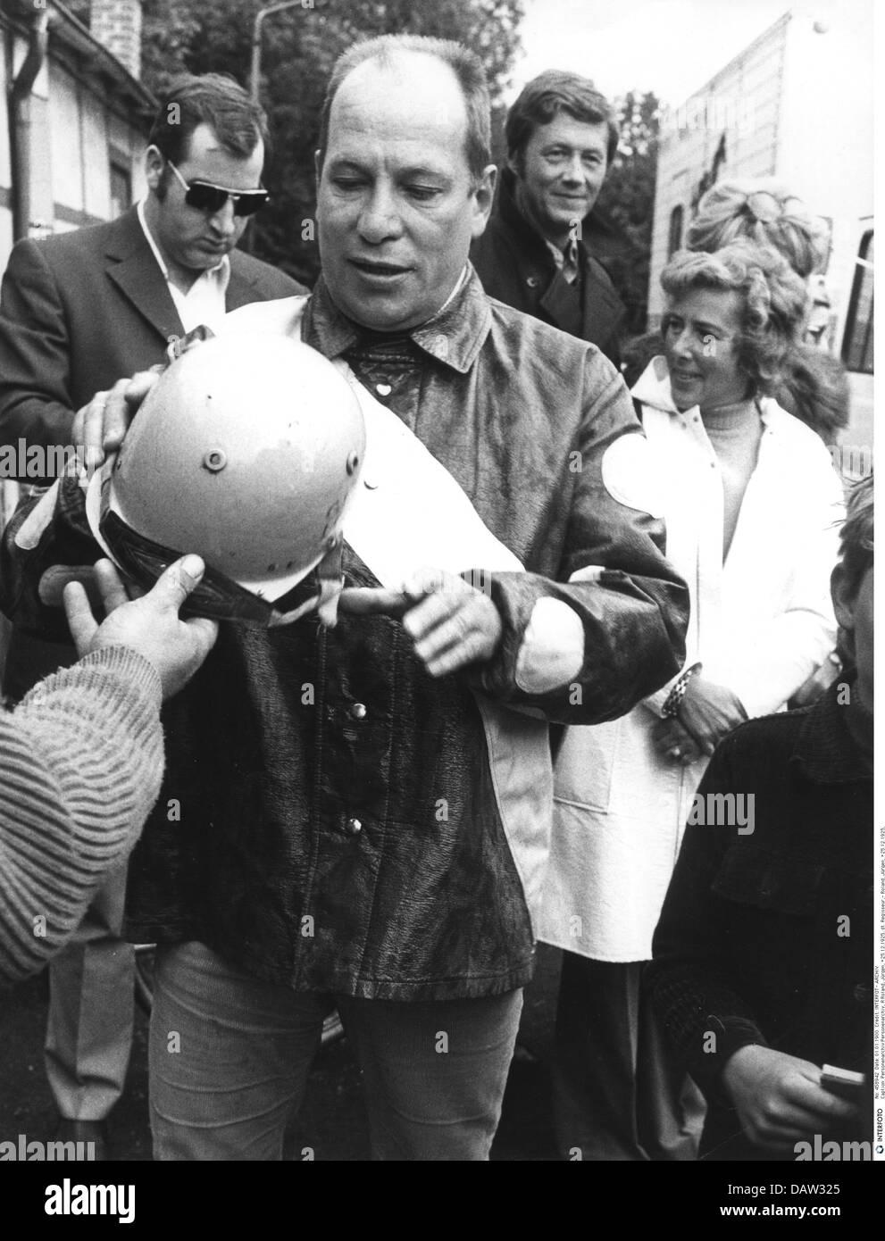 Roland, Juergen, 25.12.1925 - 21.9.2007, German director, half length, at celebrity trotting race, Hamburg, 1972, - Stock Image