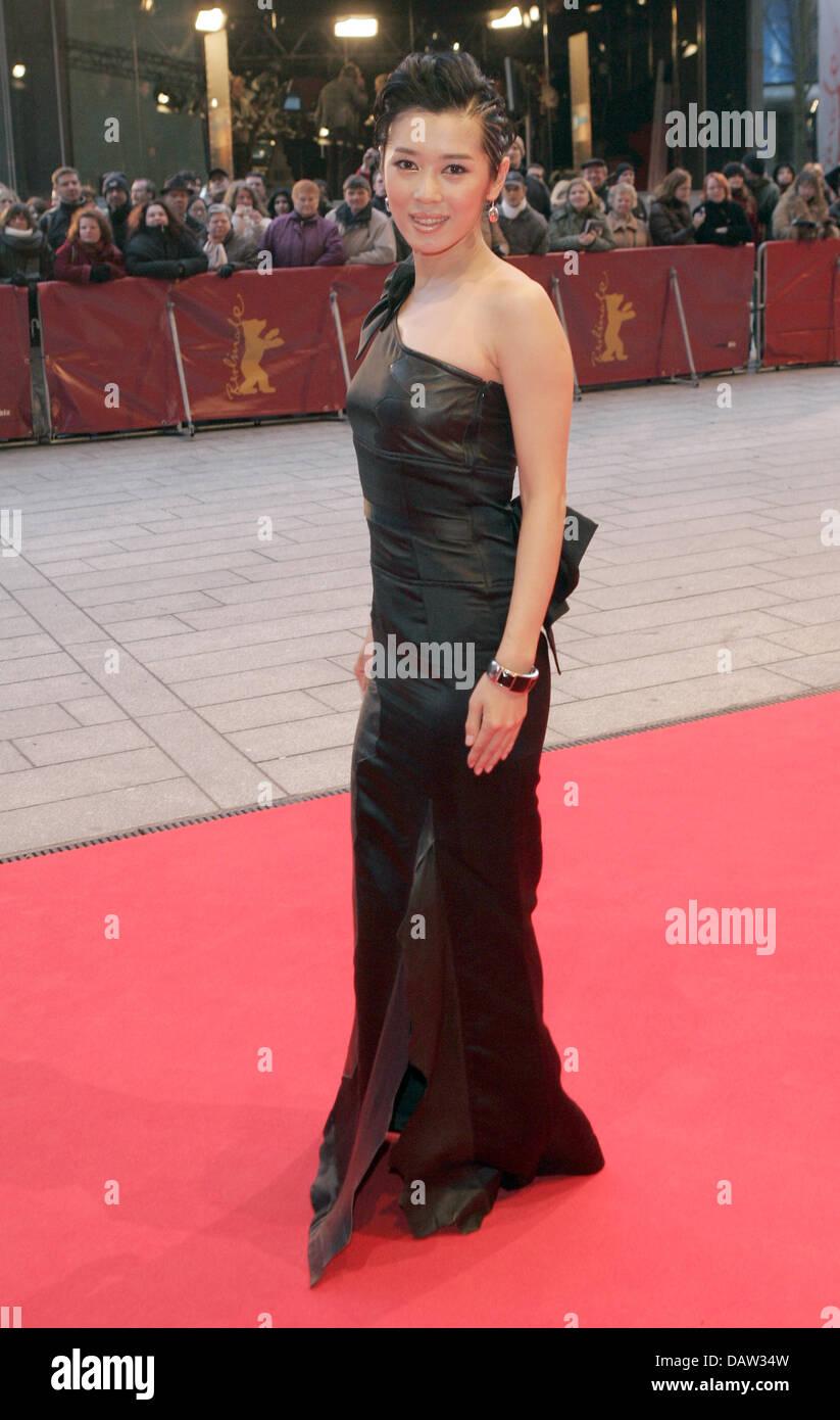 Nan Yu absolutely gorgeous