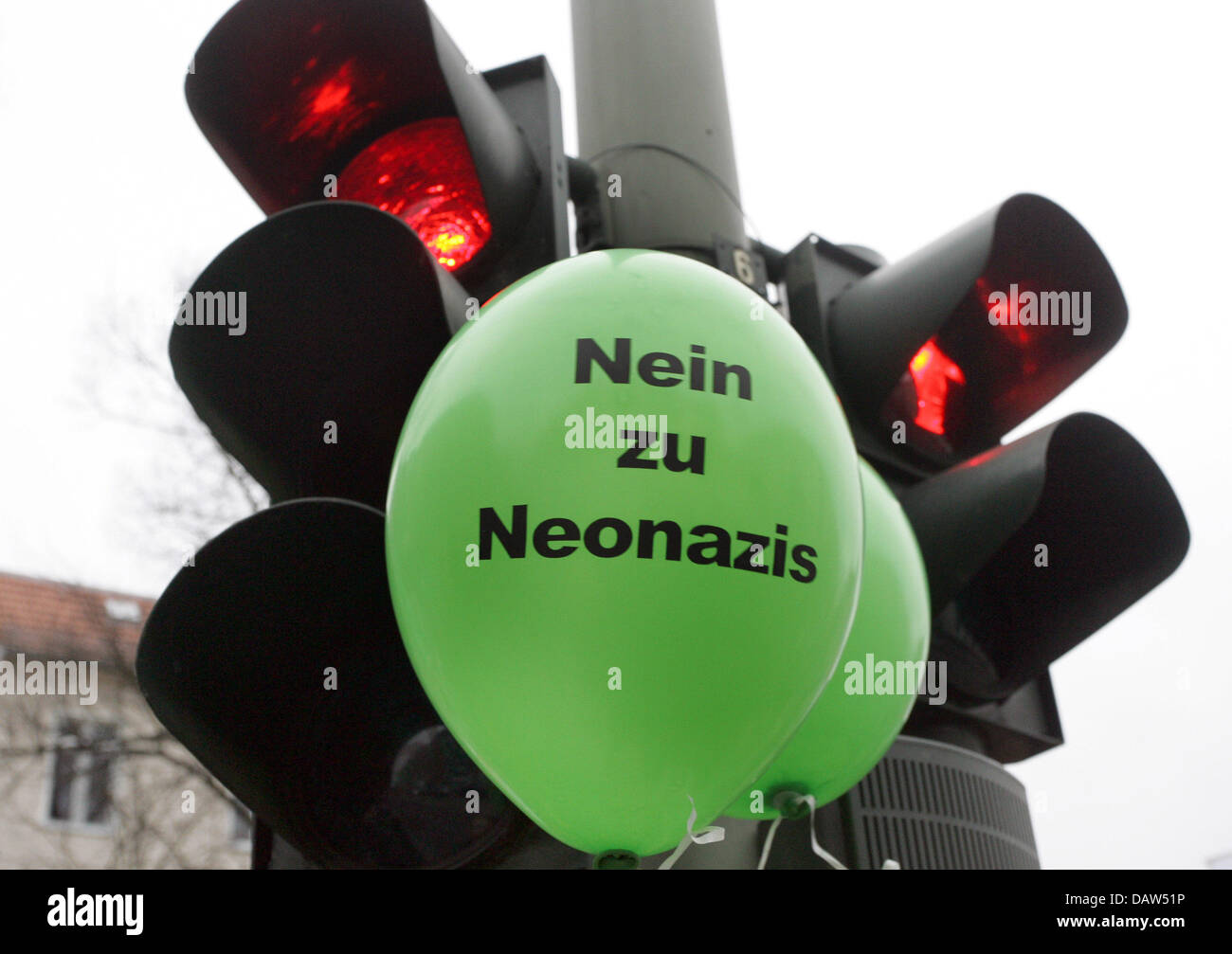 A green balloon reading 'No to neo-Nazis' pictured at a manifestation against rightist-extremism in Berlin, Germany, Stock Photo