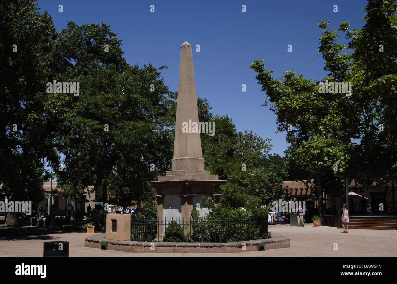 Page 2 Commemorative Obelisk High Resolution Stock Photography And Images Alamy