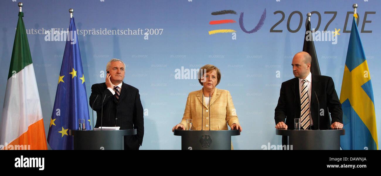 The Irish Prime Minister Bertie Ahern, German Chancellor Angela Merkel and the Swedish Prime Minister Fredrik Reinfeldt - Stock Image