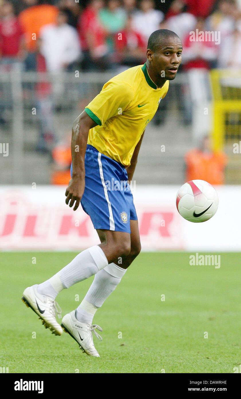Brazilian international Maicon controls the ball during the friendly Brazil v Turkey at the SignalIduna Park of - Stock Image