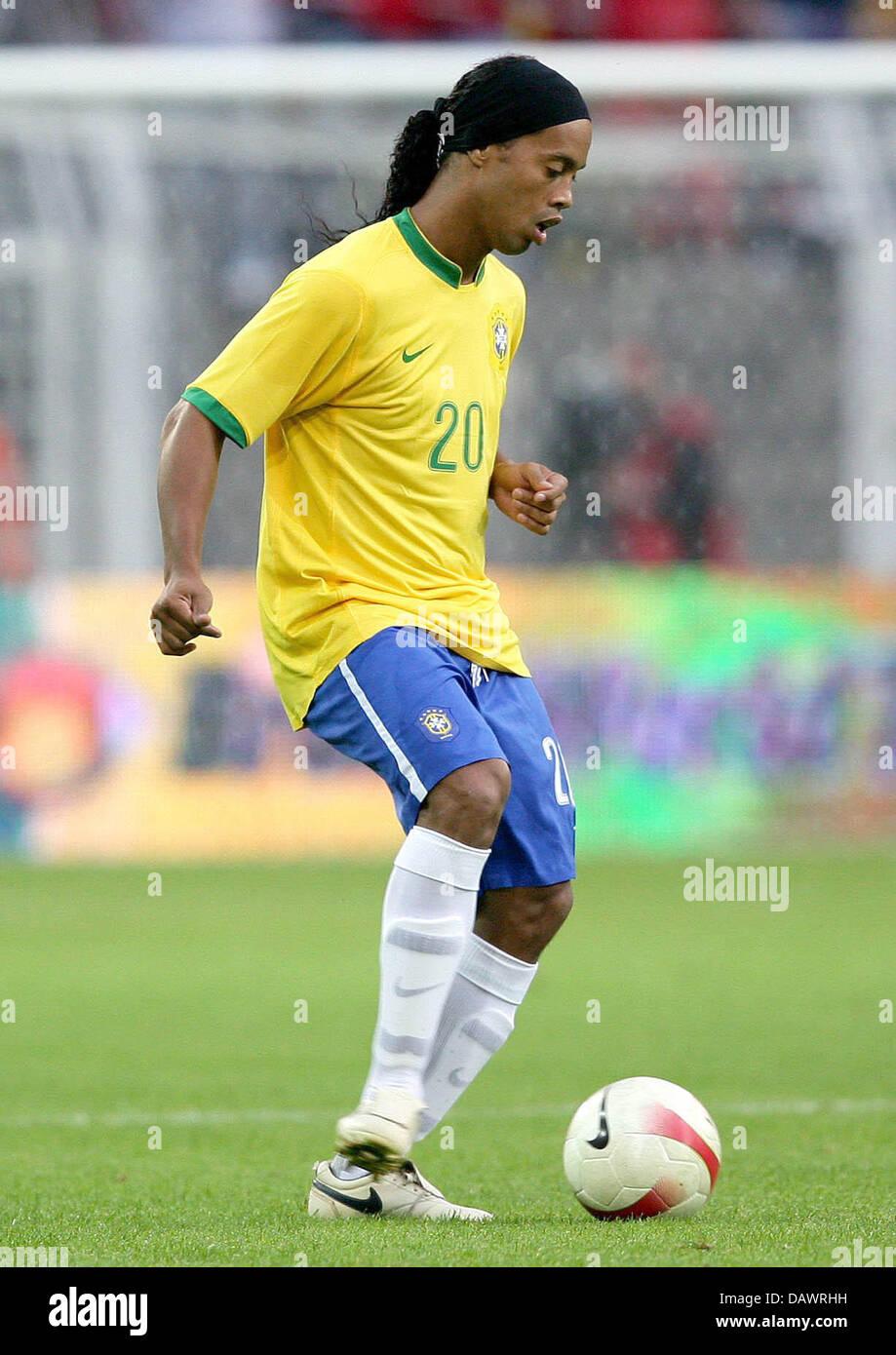 Brazilian international Ronaldinho controls the ball during the friendly Brazil v Turkey at the SignalIduna Park - Stock Image