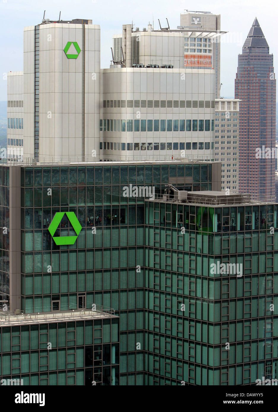 The picture shows the skyscrapers Gallileo (front), the 'Dresdener Bank' tower and the Messeturm (Fair Tower, back) in Frankfurt Main, Germany, 12 May 2007. Photo: Arne Dedert Stock Photo