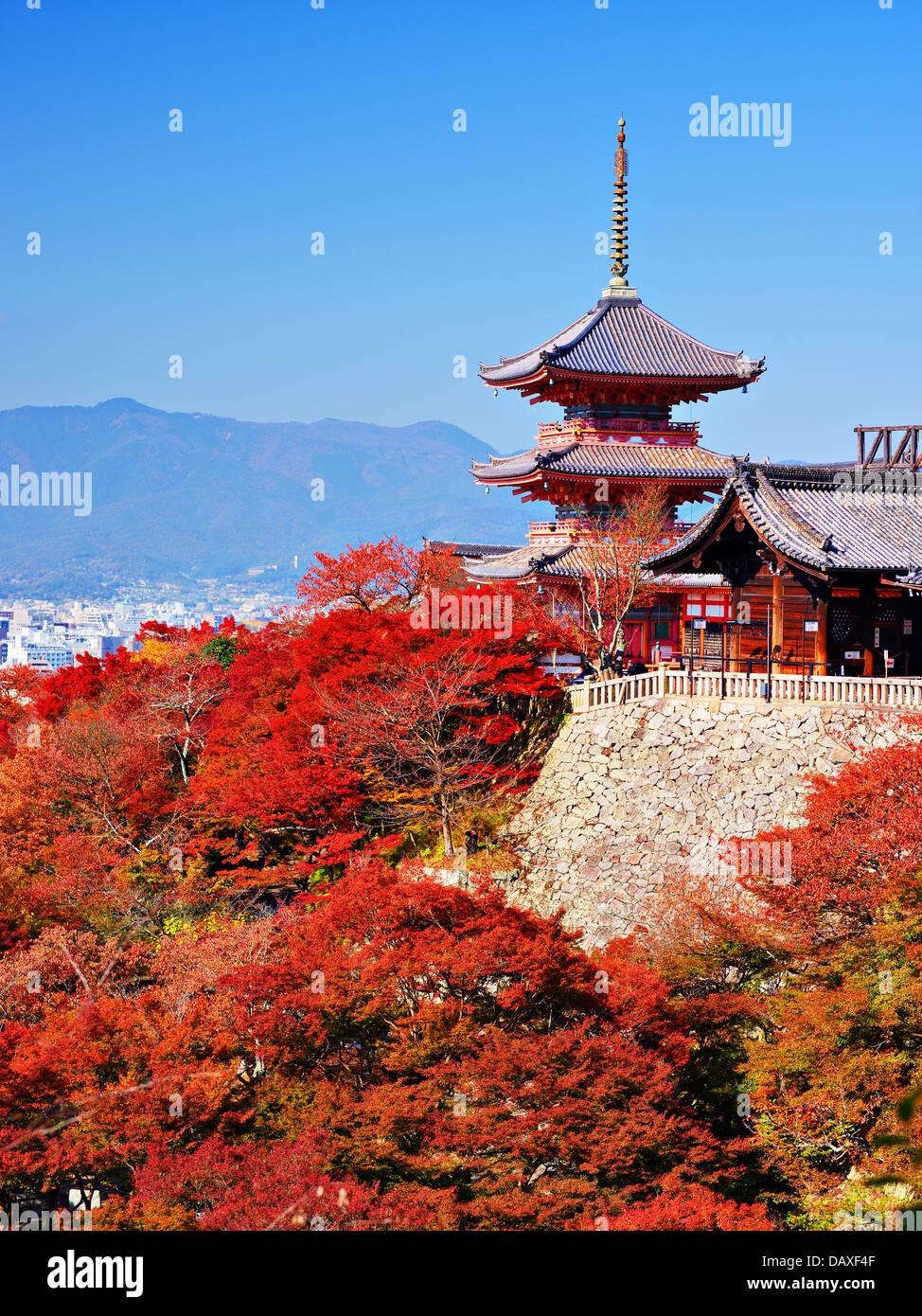 Kiyomizu-dera pagoda with fall colors in Kyoto, Japan. - Stock Image