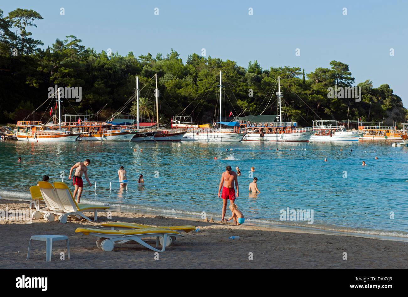 Türkei, Kemer, Stadtstrand Moonlight Beach - Stock Image