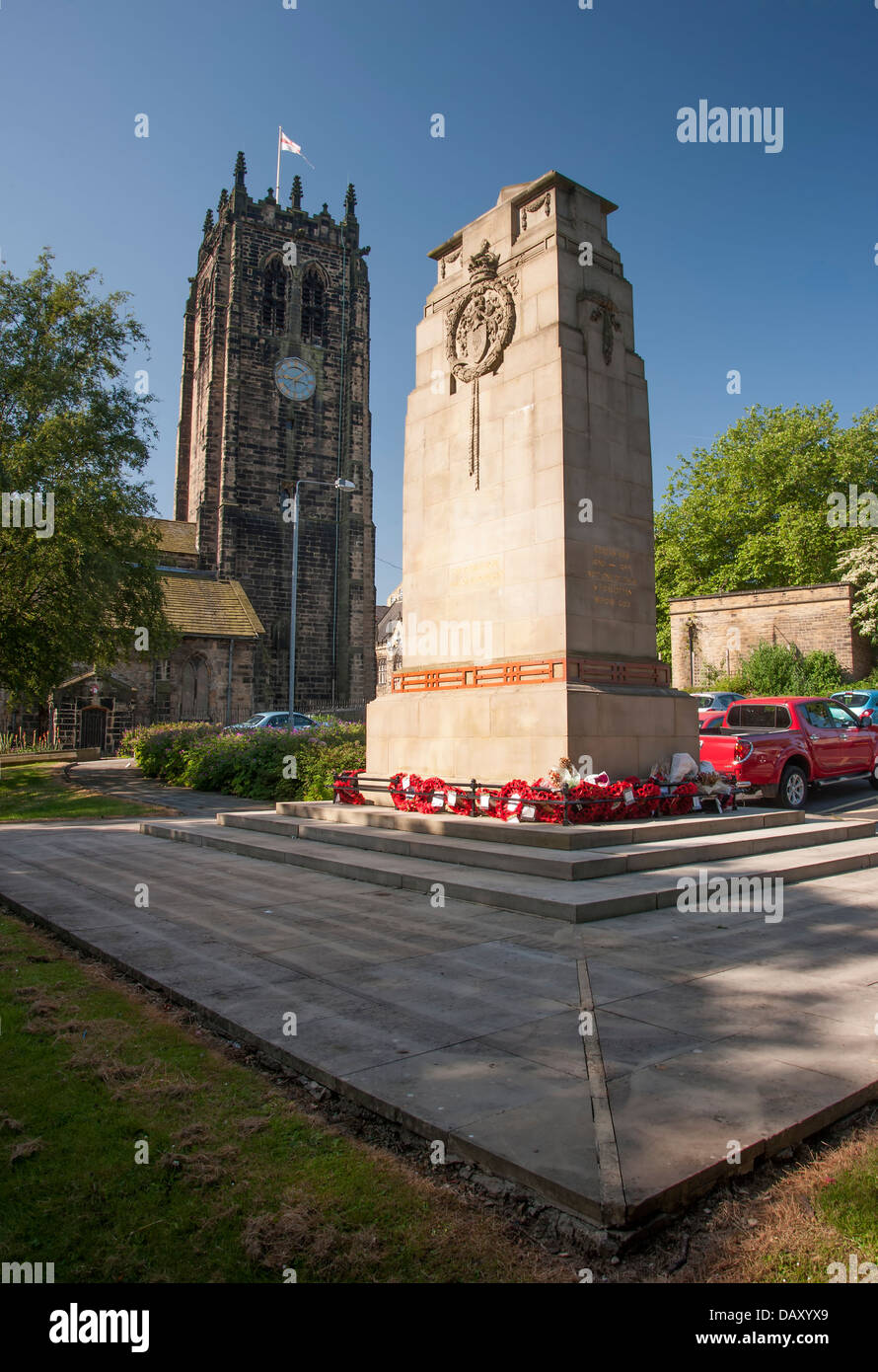 Cenotaph to the fallen outside of Halifax Minster - Stock Image