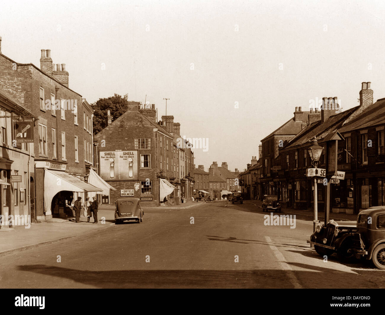 Market Weighton Market Place probably 1930/40s - Stock Image