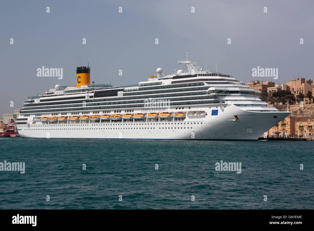 The cruise liner Costa Favolosa in Malta - Stock Image
