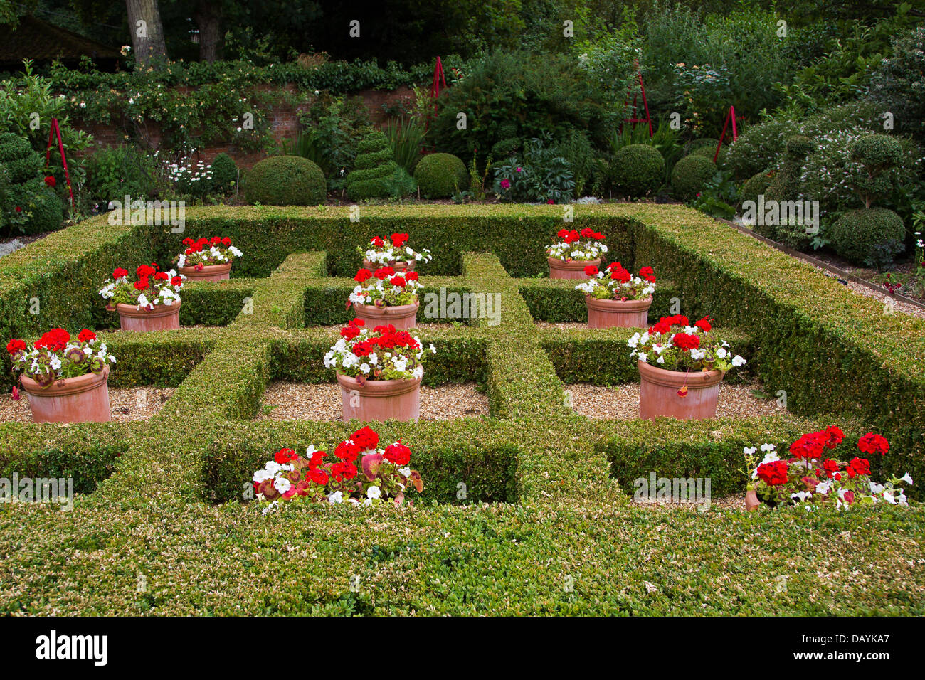 west green house alice garden box hedges form a checkerboard with stock photo 58385551 alamy. Black Bedroom Furniture Sets. Home Design Ideas