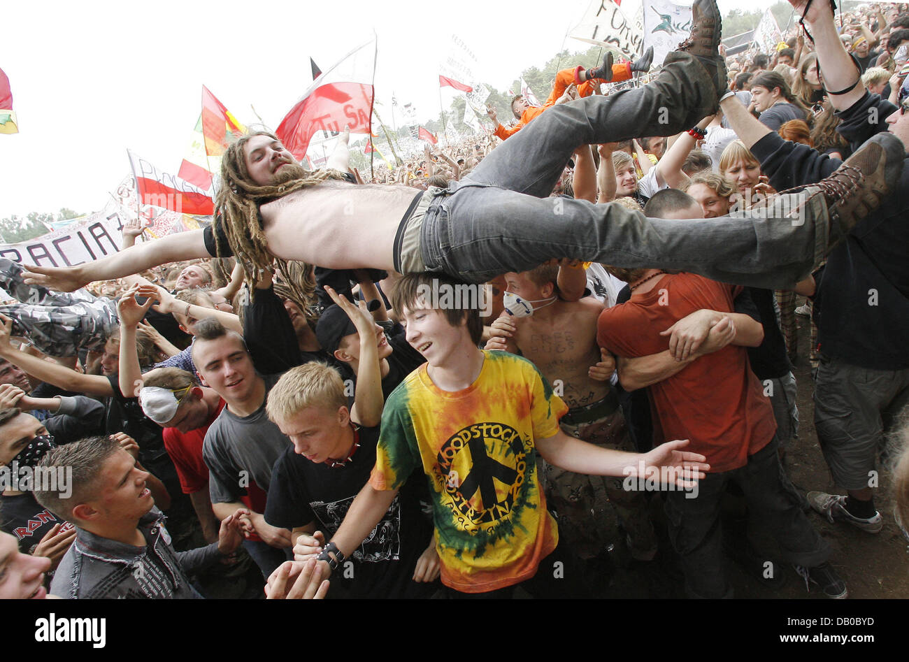 The crowd has a ball at Woodstock Festival in Kostrzyn, Poland, 03 August 2007. Organisers expect more than 300,000 - Stock Image