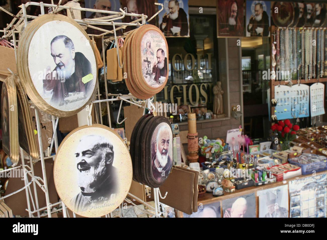Padre Pio devotionalia and souvenirs are on sale in San Giovanni Rotondo, Italy, 12 May 2007.  Padre Pio, born as - Stock Image