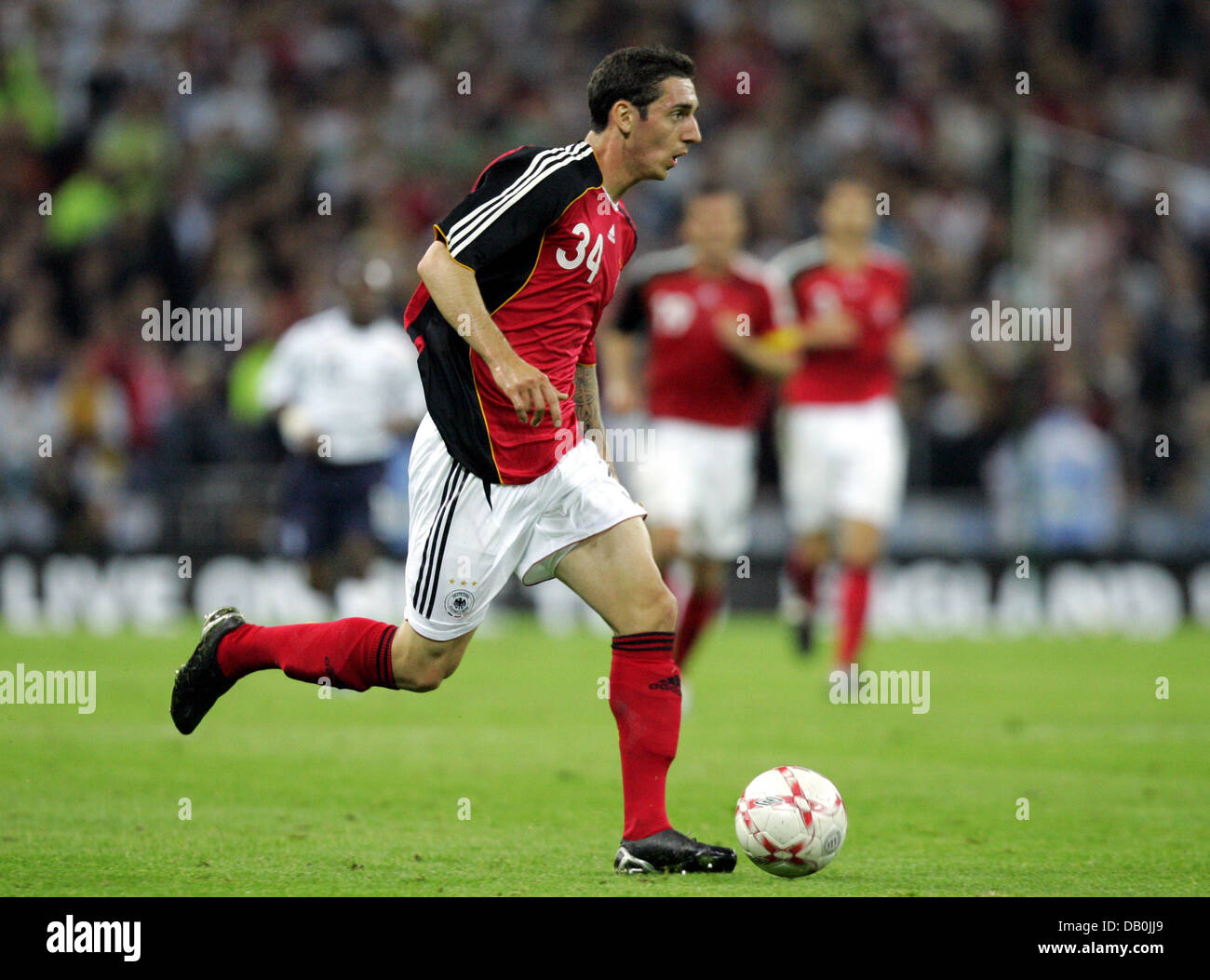 (dpa file) - Germany's Roberto Hilbert controls the ball during the international match England vs Germany at Wembley Stock Photo