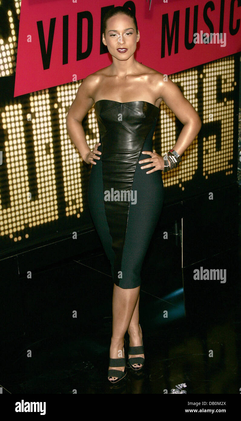 Alicia Keys Smiles At The 2007 MTV Video Music Awards Pressroom Held Palms Hotel And Casino Las Vegas USA 9 September Photo Hubert Boesl