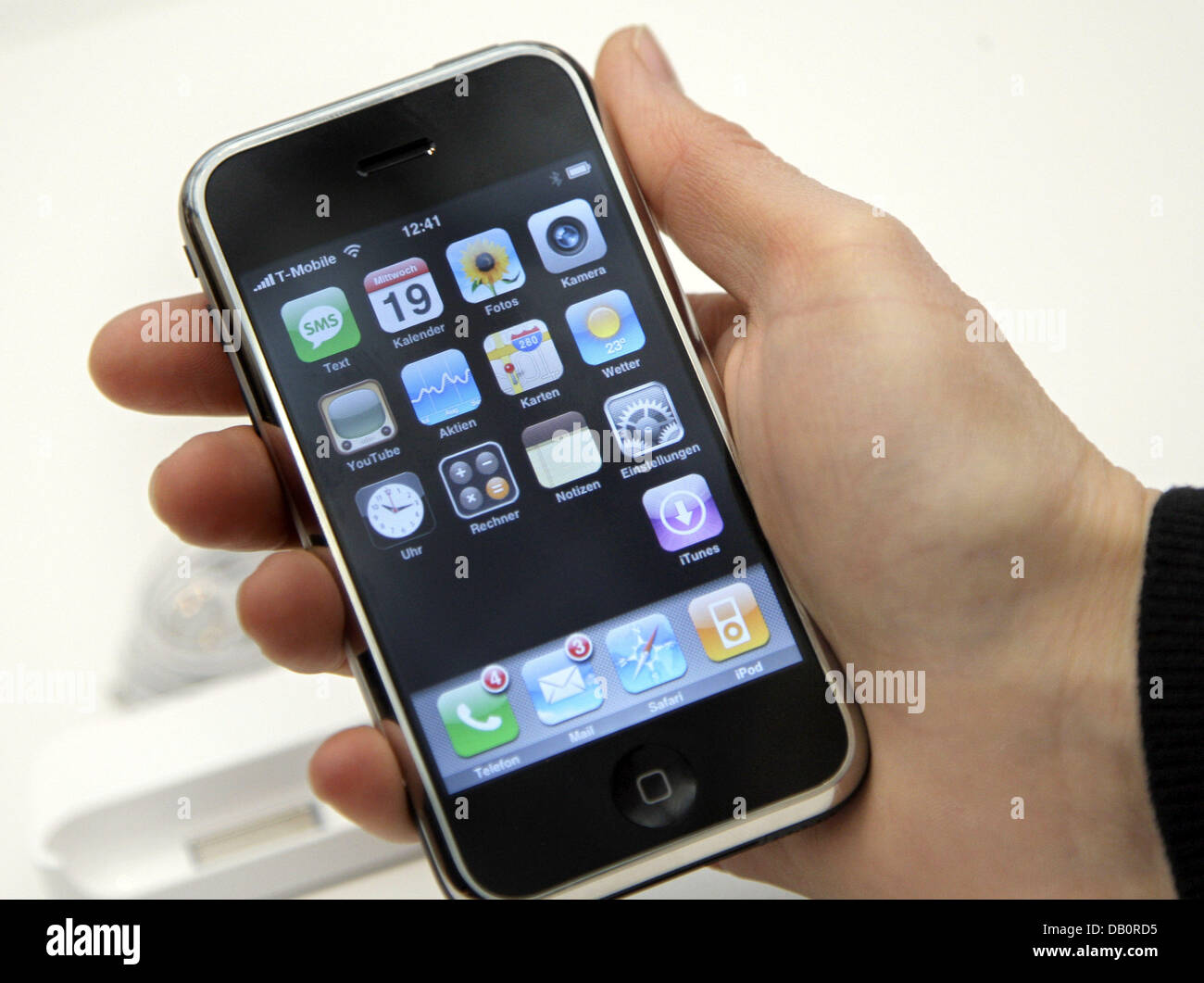 The picture shows the iPhone in Berlin, 19 September 2007. Deutsche Telekom obtained the exclusive marketing rights - Stock Image