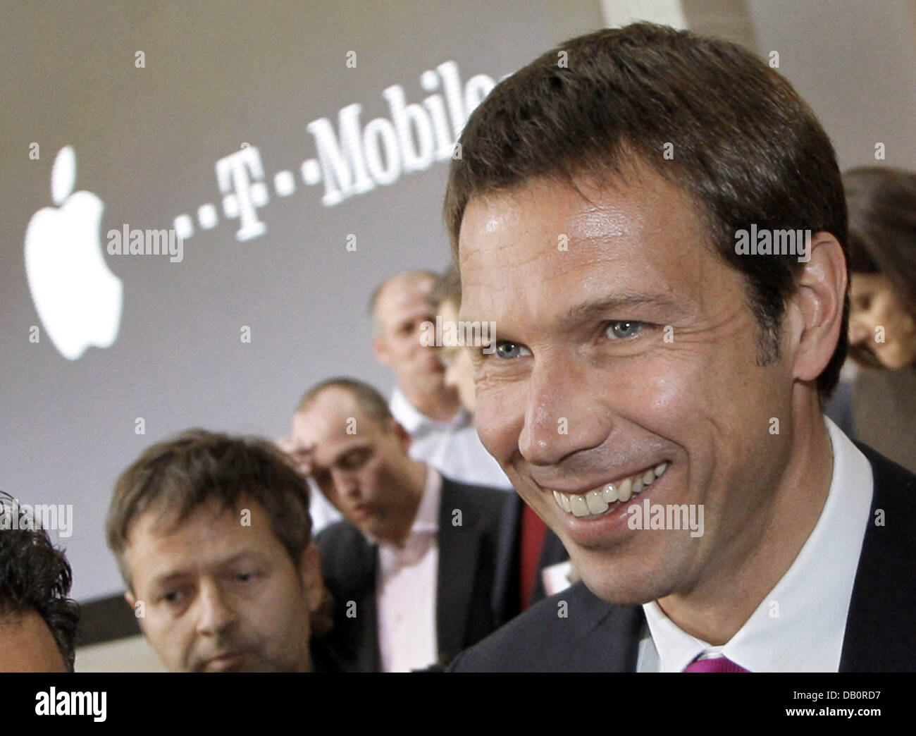 The CEO of Telekom Rene Obermann is pictured at the presentation of the iPhone in Berlin, 19 September 2007. Deutsche - Stock Image
