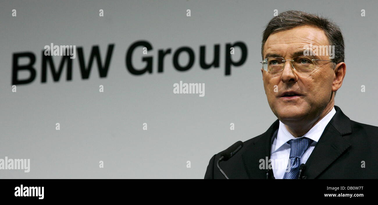 BMW-CEO Norbert Reithofer presents the new company strategy at the headquarters in Munich, Germany, 27 September - Stock Image