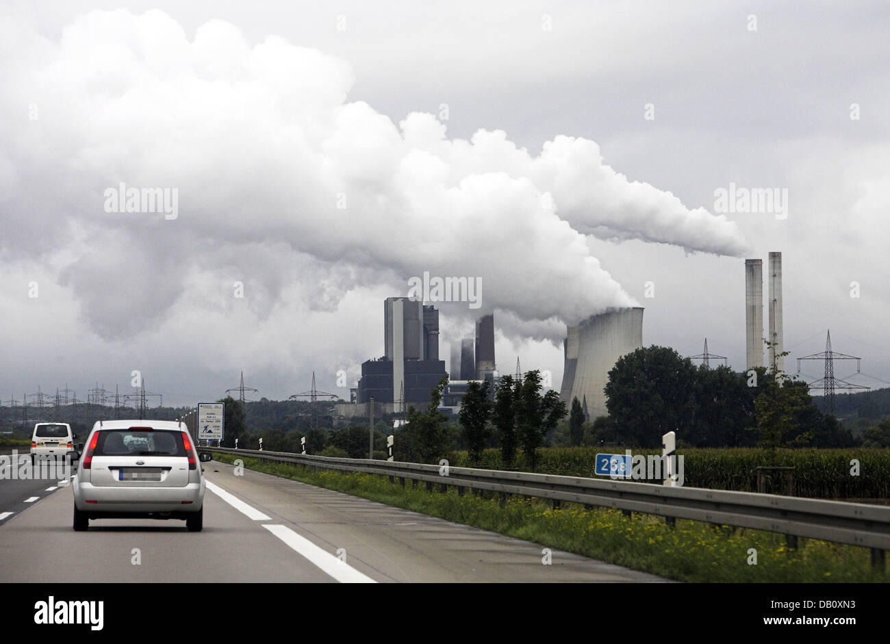 The photo shows RWE's brown coal power plant 'Weisweiler' in Eschweiler, Germany, 7 September 2007. According to Stock Photo