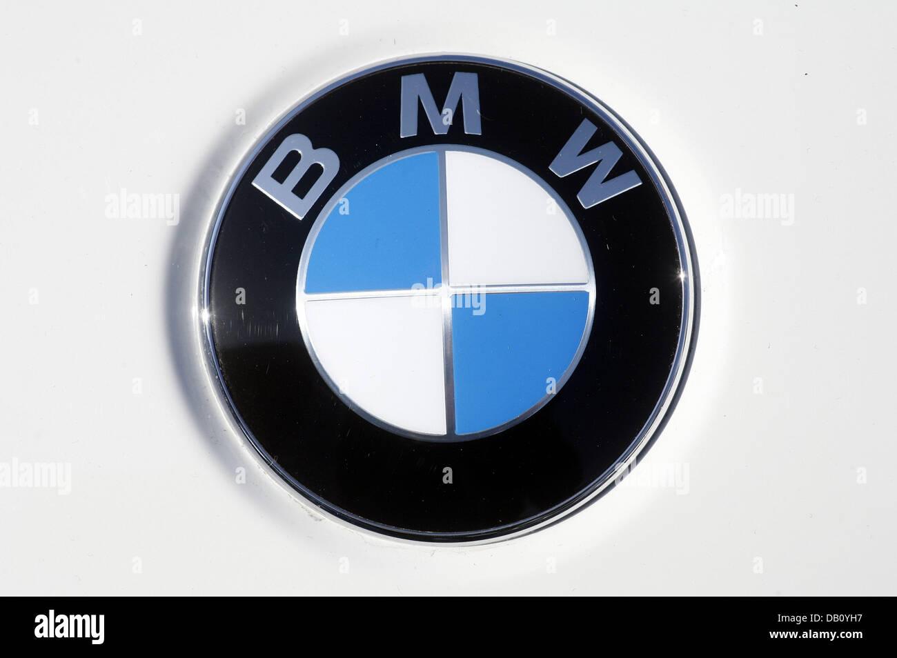 Bmw Blue Logo Stock Photos Bmw Blue Logo Stock Images Alamy