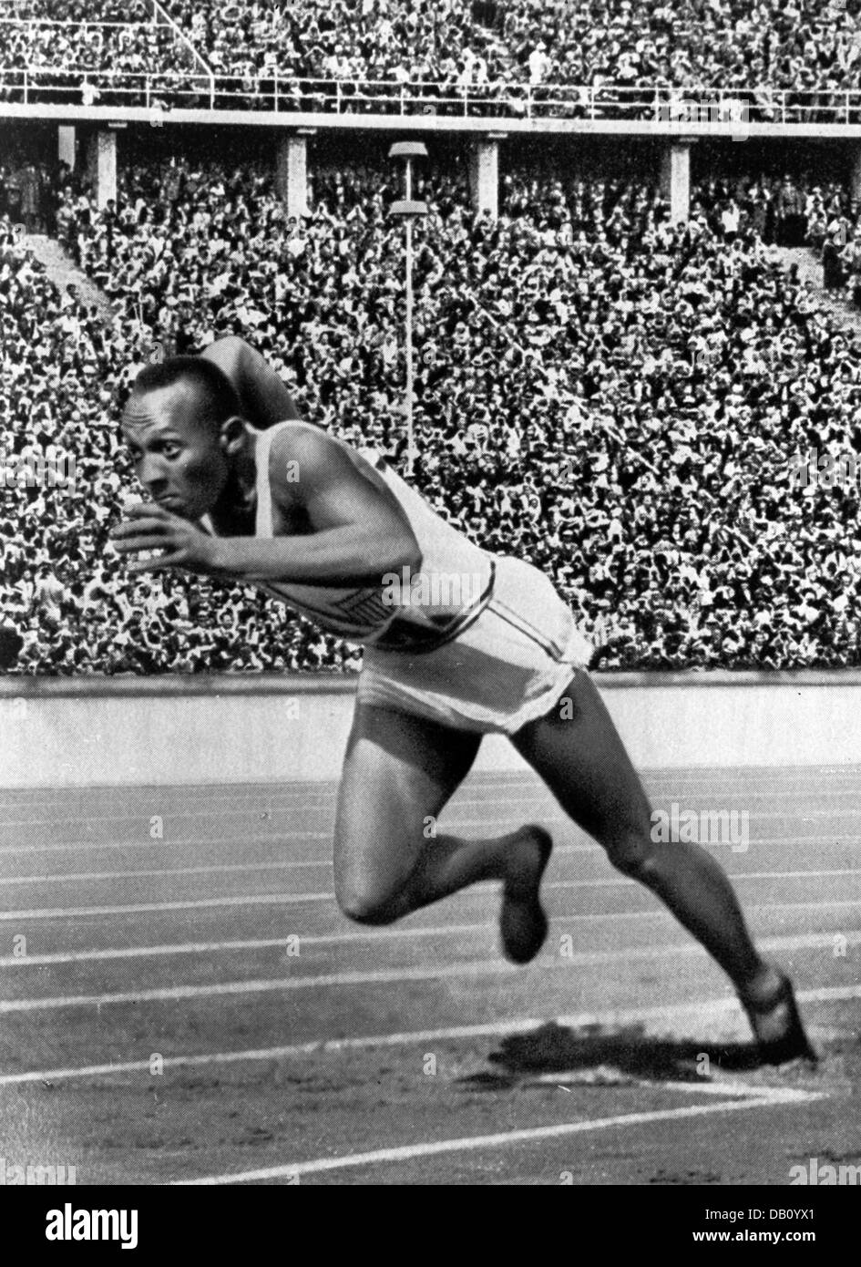 JESSE OWENS (1913-1980) American track and field athlete at the 1936 Olympic Games in Berlin - Stock Image