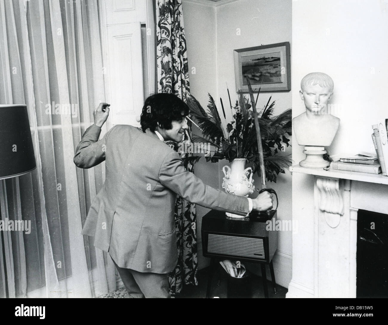 CAT STEVENS (Yusuf islam) English pop singer at his London home in January 1967. Photo Tony Gale - Stock Image