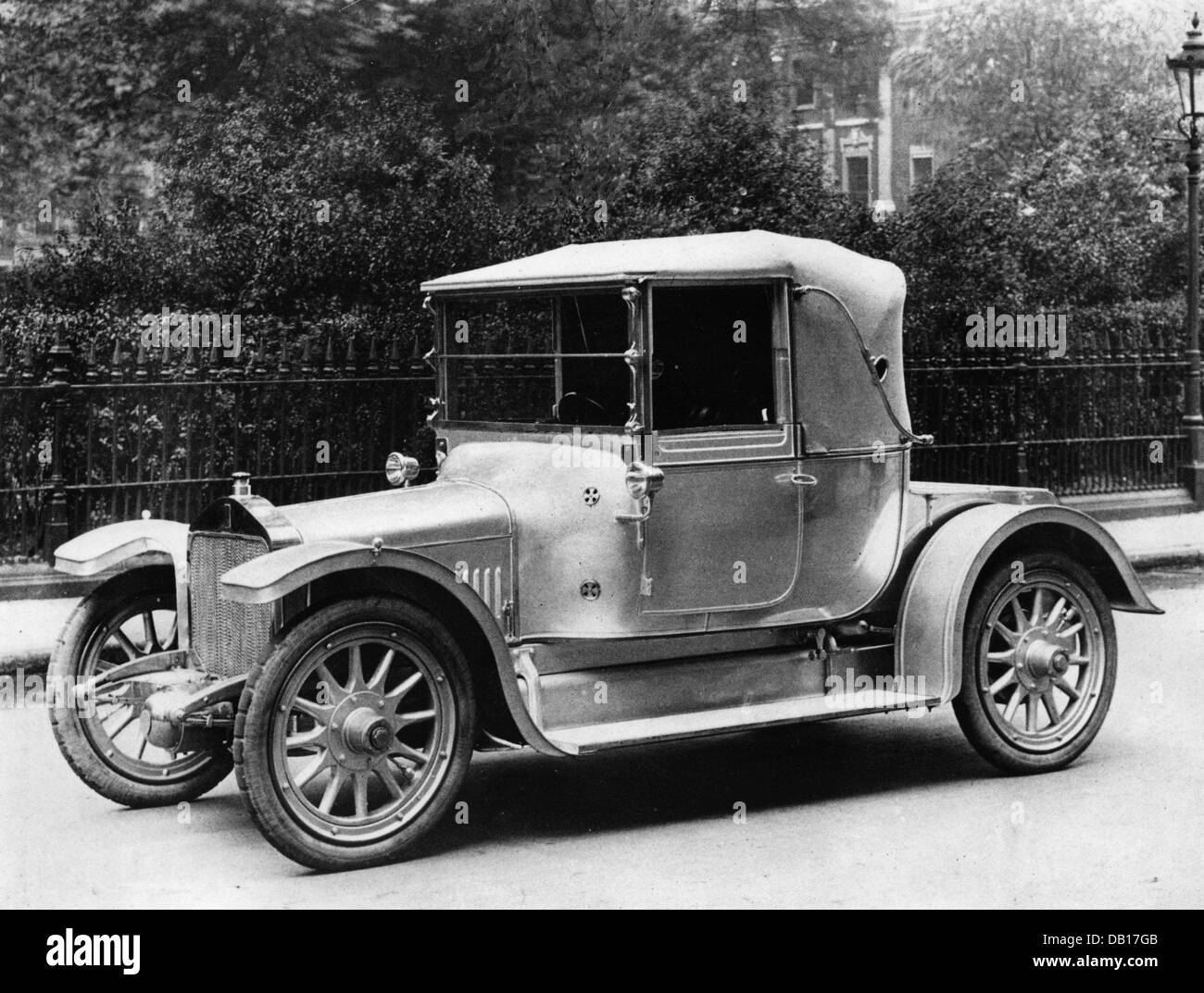 1912 Straker Squire 15hp - Stock Image