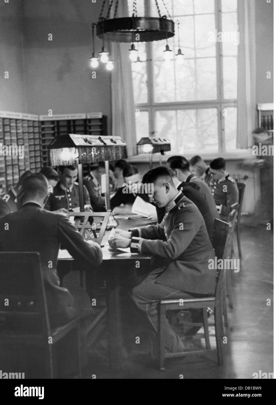 Nazism / National Socialism, military, medical service, education, millitary surgeon academy in Berlin, students - Stock Image
