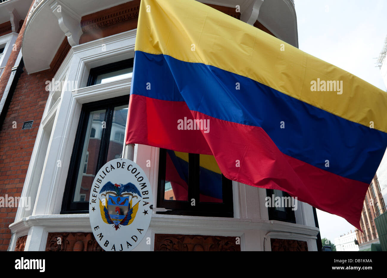 Colombian Embassy & flag, Knightsbridge, London - Stock Image