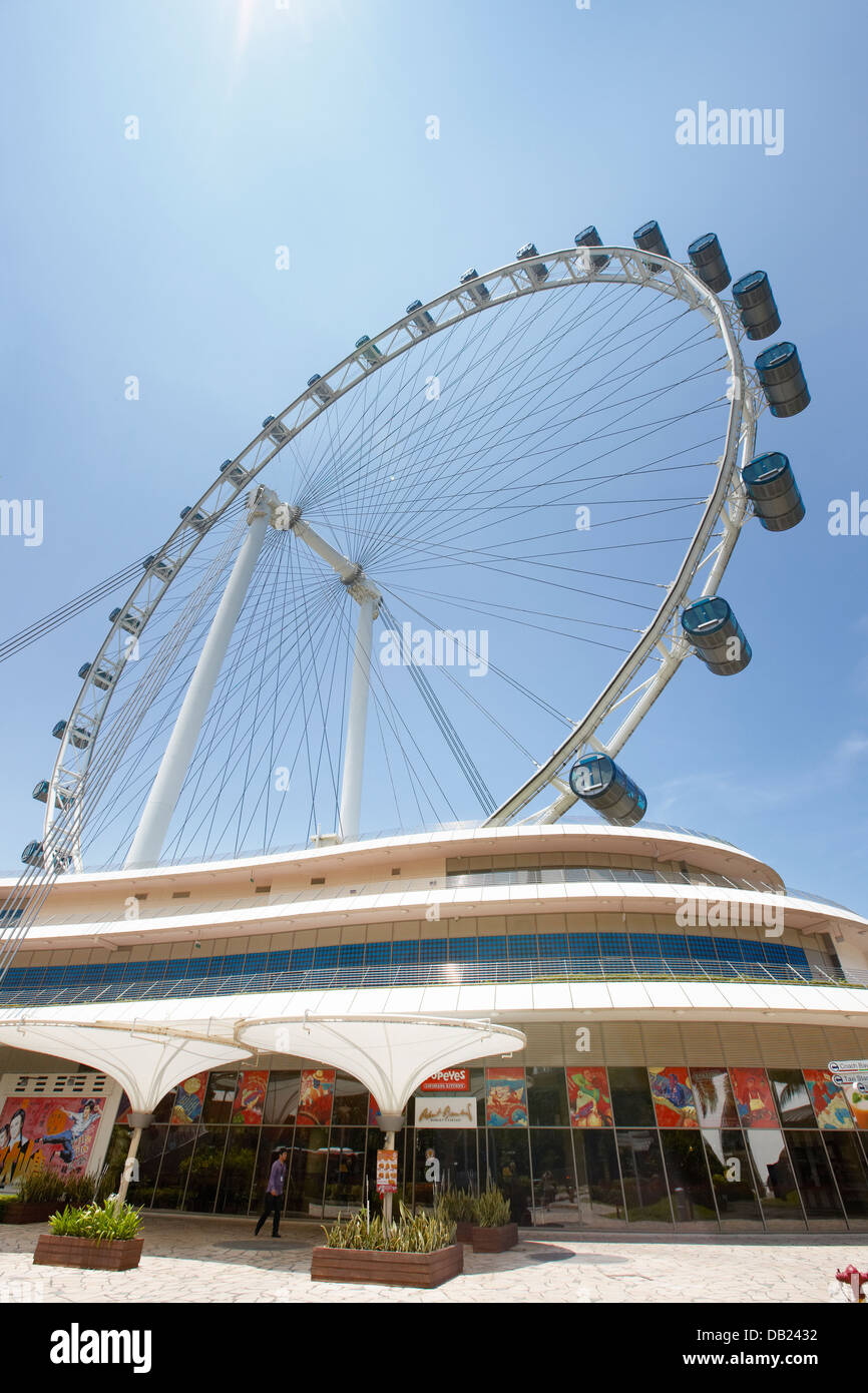 Tallest Ferris Wheel In The World >> Singapore Flyer The Tallest Ferris Wheel In The World Singapore
