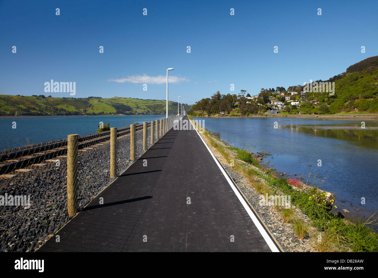 West Harbour Cycleway at St Leonards, near Port Chalmers, Dunedin, Otago, South Island, New Zealand - Stock Image