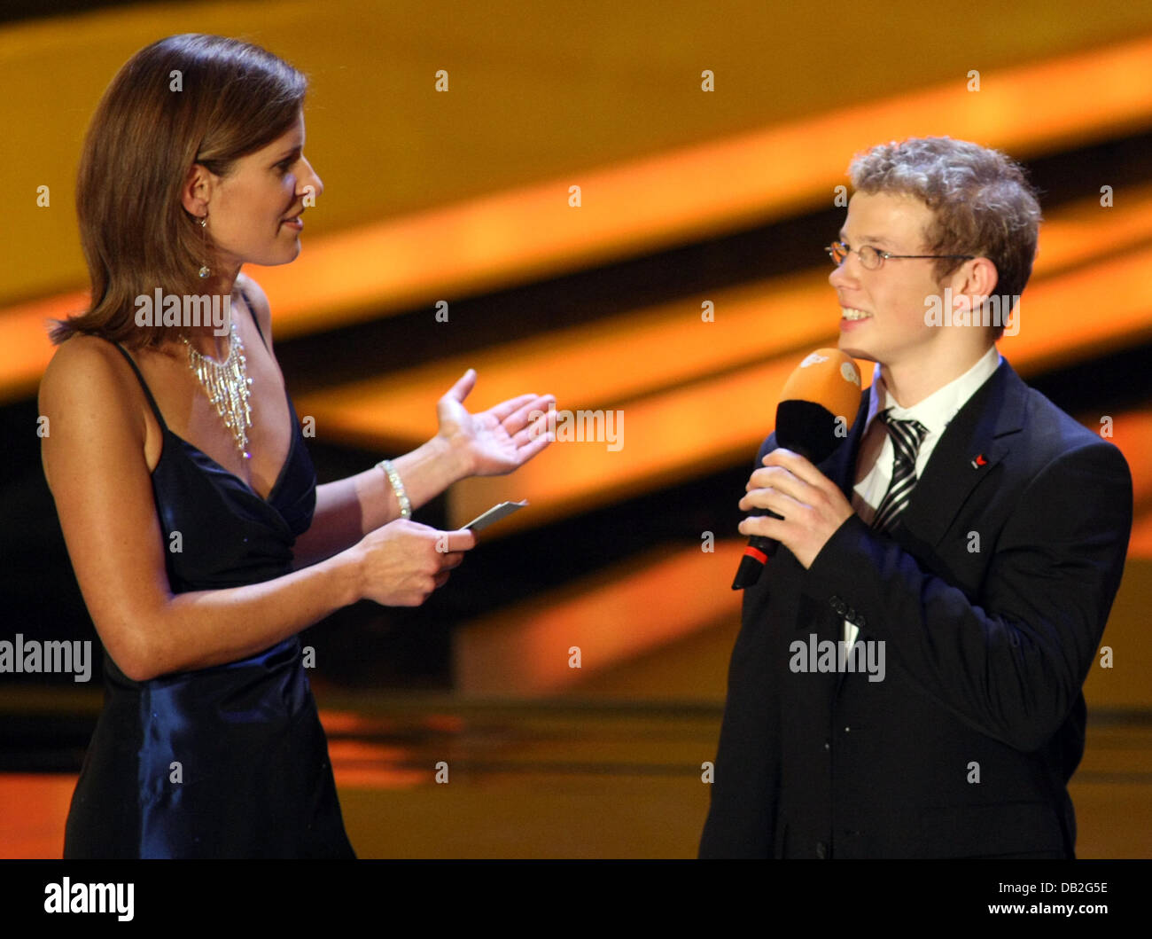 tv presenter of 39 zdf 39 channel and the evening 39 s host katrin stock photo 58448922 alamy