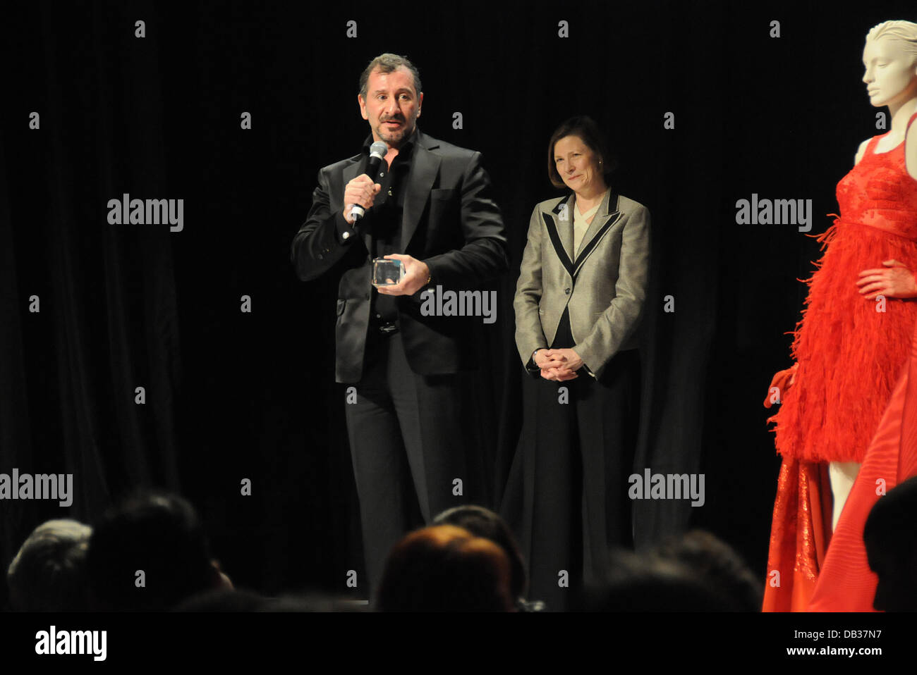 Ralph Rucci And Anne Ewers Phila International Festival Of The Arts Stock Photo Alamy