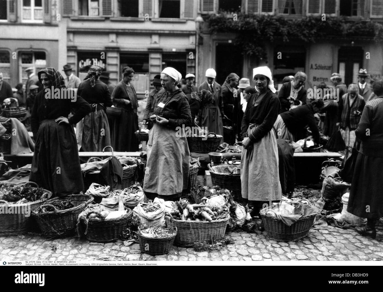 trade, market, weekly market at Freiburg, Germany, 1930, Additional-Rights-Clearences-NA Stock Photo