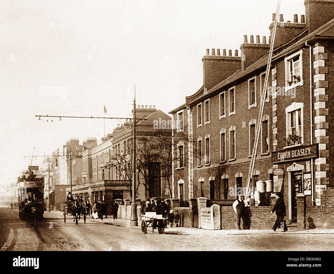 Hull Victoria Dock Road early 1900s - Stock Image