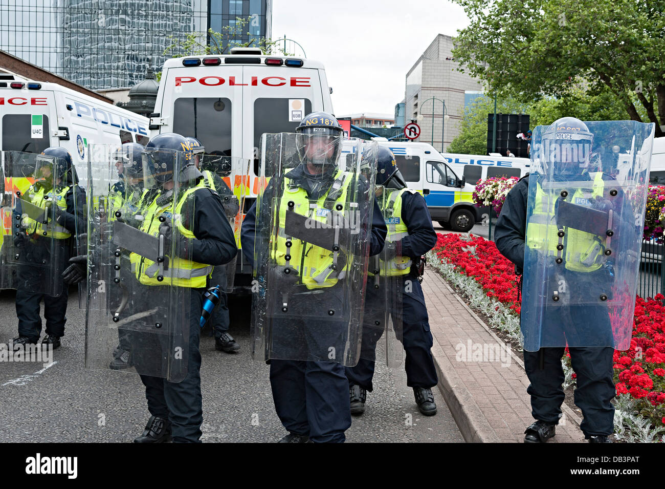 english defence league edl protest birmingham july 20th 2013 riot police - Stock Image