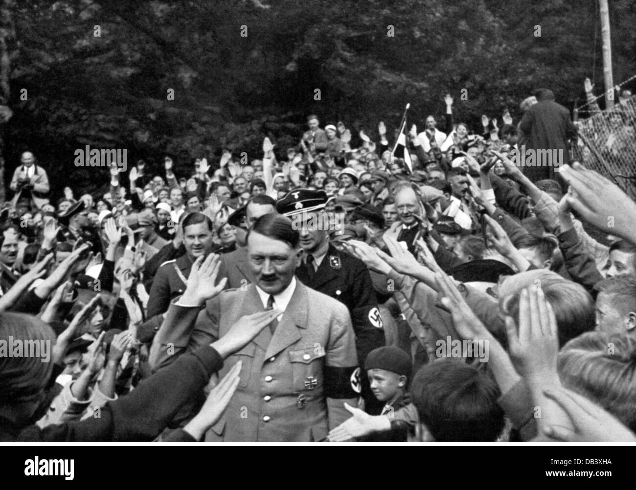 Hitler, Adolf, 20.4.1889 - 30.4.1945, German politician (NSDAP), in a crowd in front of the Berghof, Obersalzberg, Stock Photo