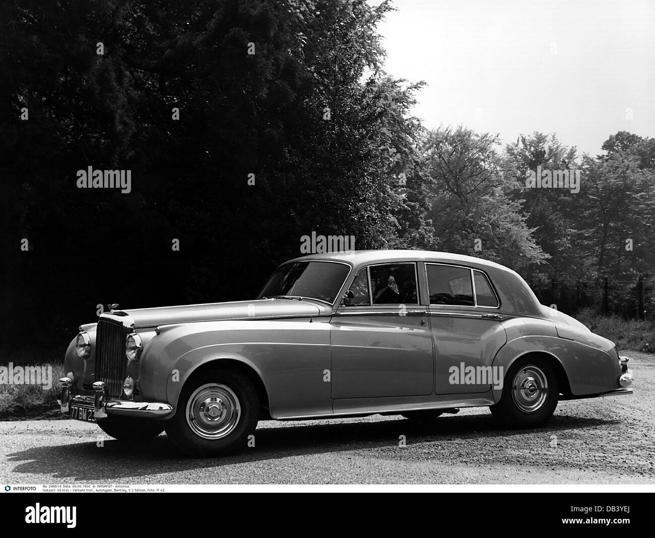 transport / transportation, car, vehicle variants, Bentley S2 Saloon, view from left, 1959, S 2, luxury car, luxurious, - Stock Image