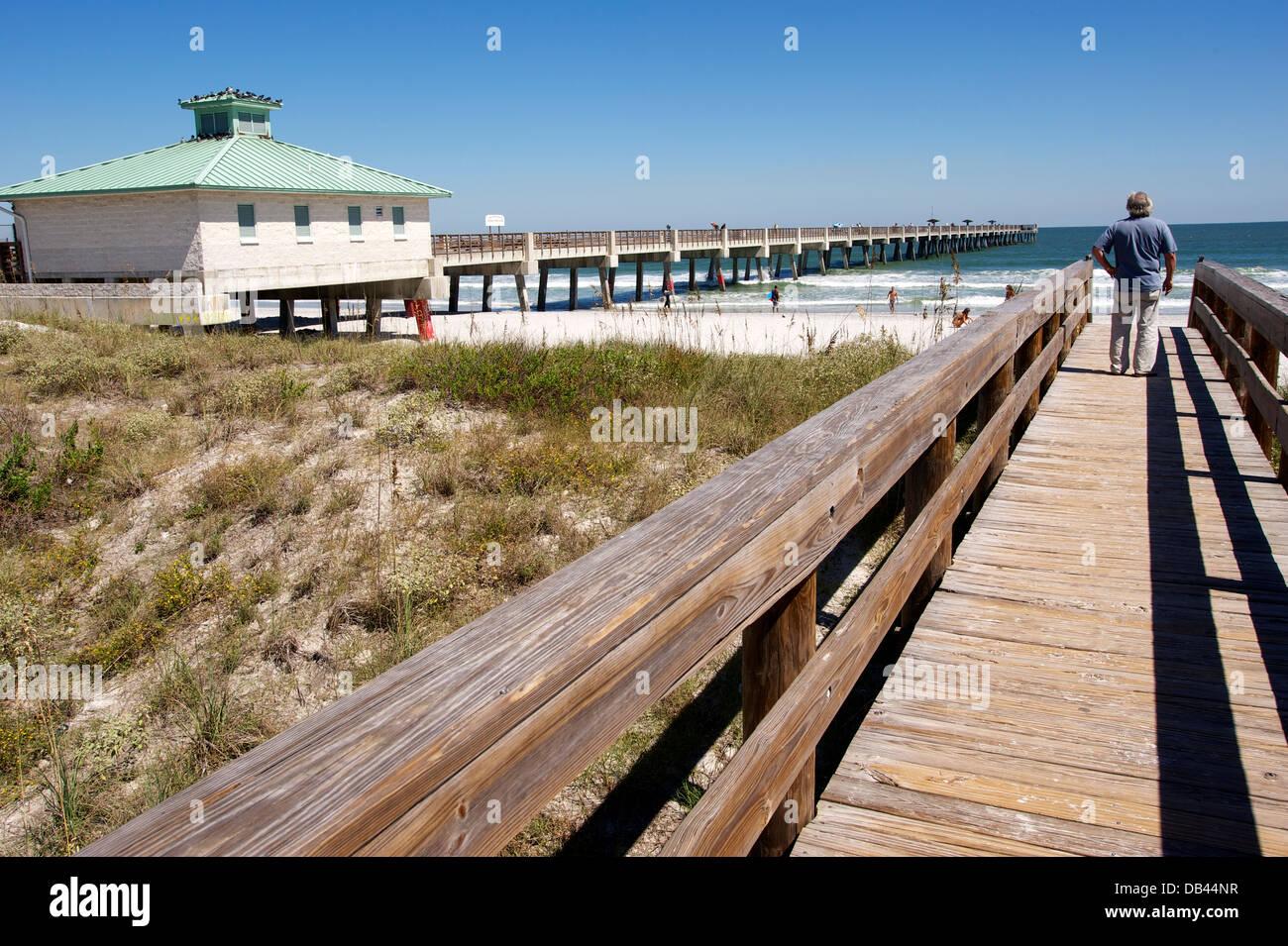 Runway to beach, Jacksonville Beach, Florida - Stock Image