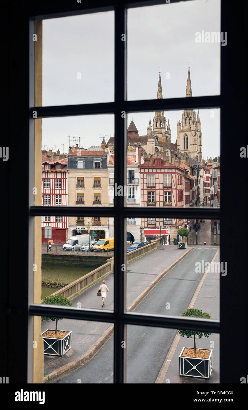 Elk214-1001v France, Basque Country, Bayonne, Cathedral - Stock Image