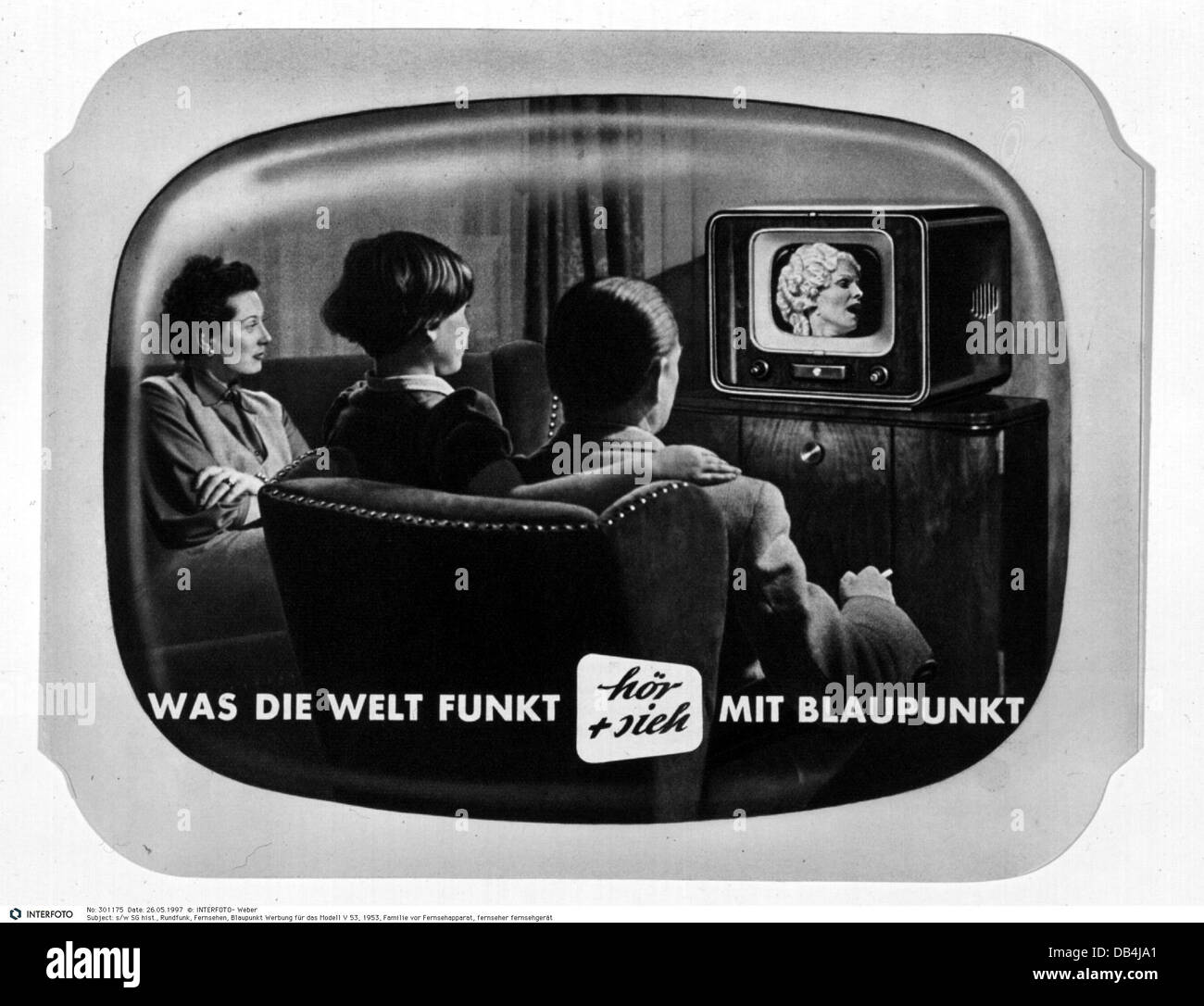 Tv Viewer 1950s Stock Photos & Tv Viewer 1950s Stock Images - Alamy