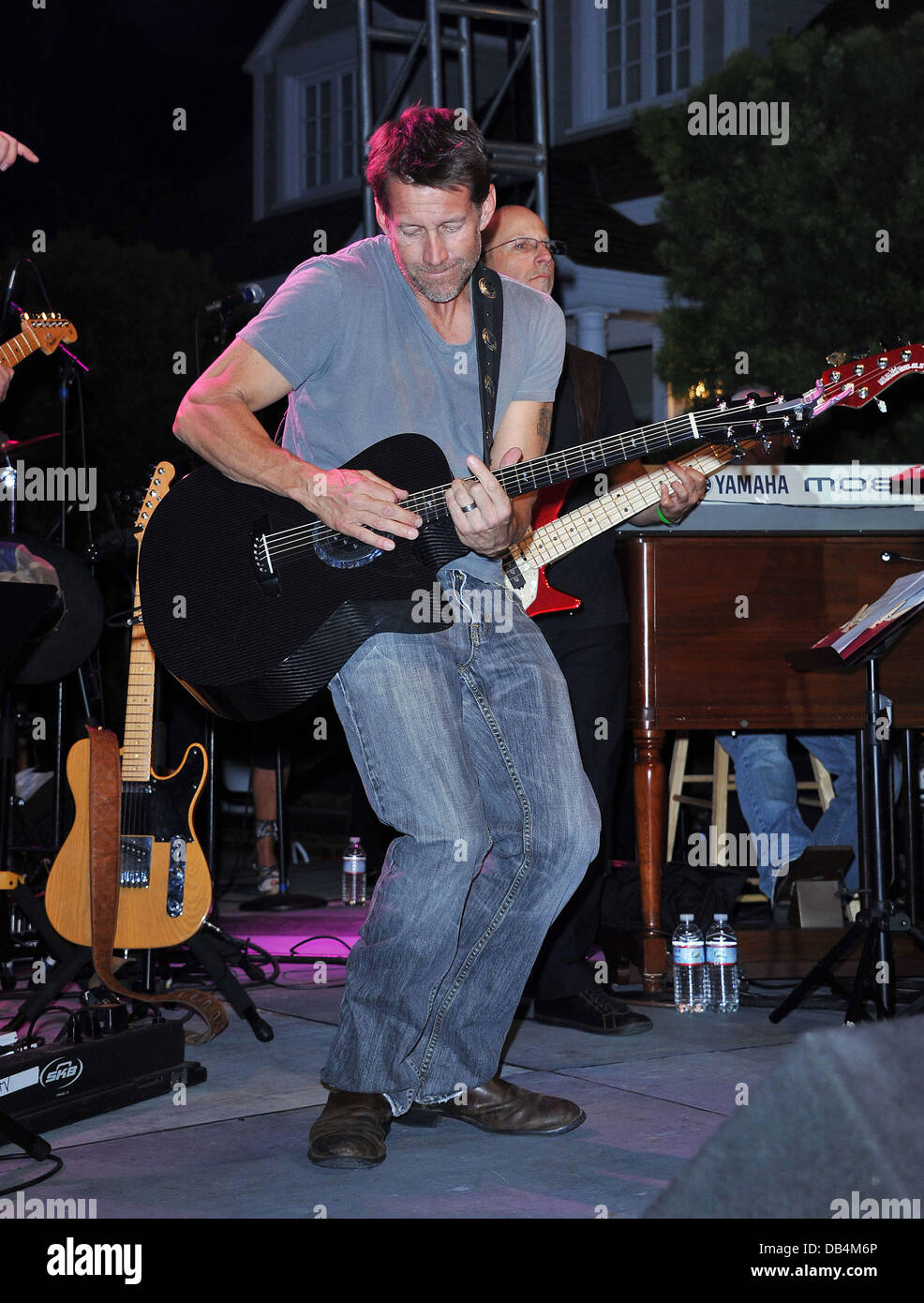 James Denton The Block Party on Wisteria Lane benefit for the Cystic Fibrosis Foundation held at Universal Studios - Stock Image