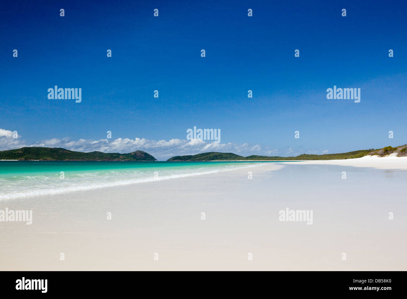 White sands and clear waters of Whitehaven Beach.  Whitsundays Islands National Park, Whitsundays, Queensland, Australia - Stock Image