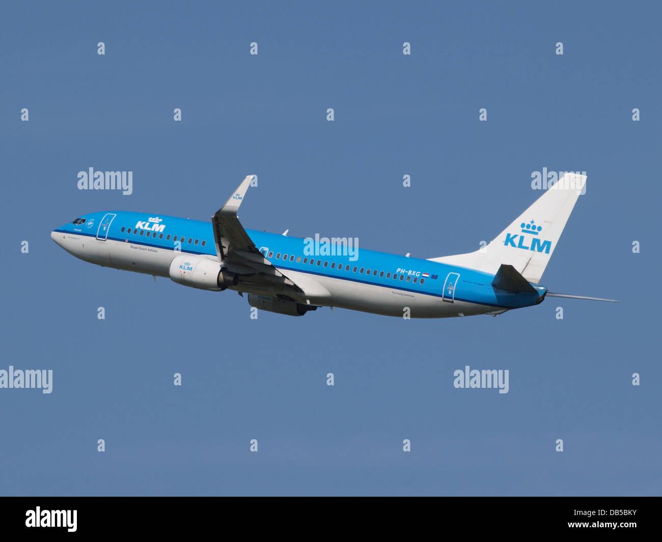 PH-BXG KLM Royal Dutch Airlines Boeing 737-8K2(WL) - cn 30357 3 Stock Photo