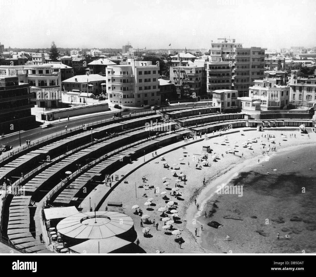 geography / travel, Egypt, Alexandria, beaches, view of Stanley Bay Public Beach, circa 1950s, Additional-Rights - Stock Image