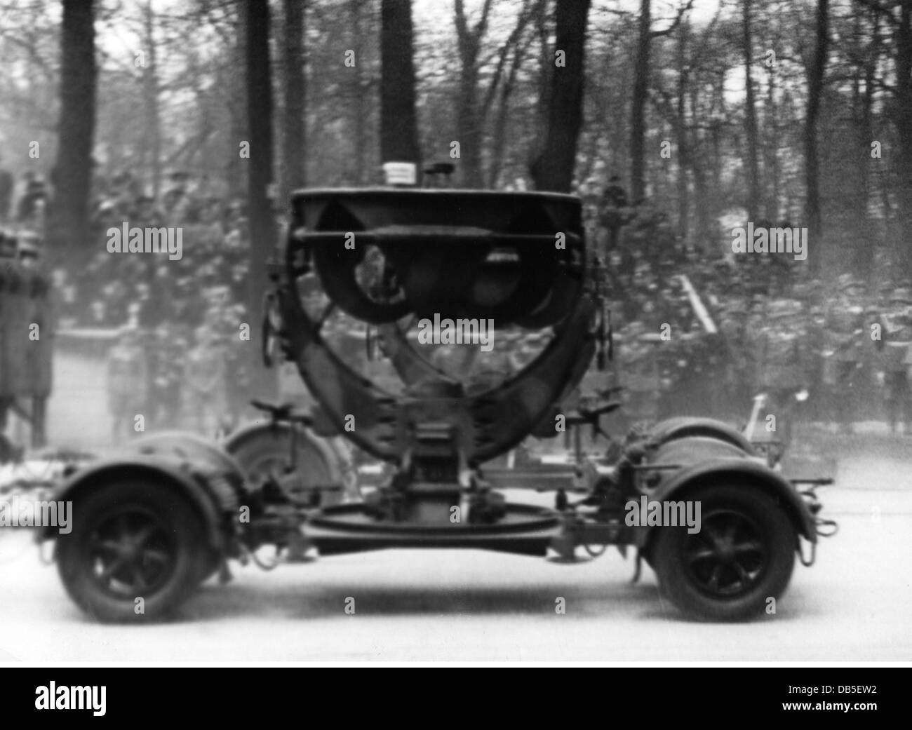 Nazism / National Socialism, military, Wehrmacht, Luftwaffe 1933 - 1945, mobile anti-aircraft sound detector during - Stock Image